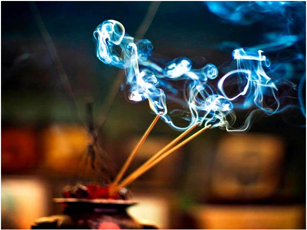 incense bruning