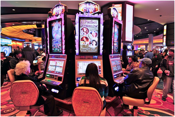 Slot machines at land casinos